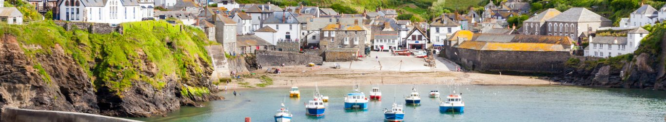 Port Isaac fishing village harbour Cornwall