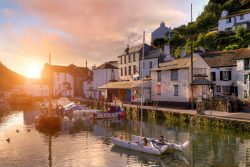 A beautiful Cornish harbour in sunset.
